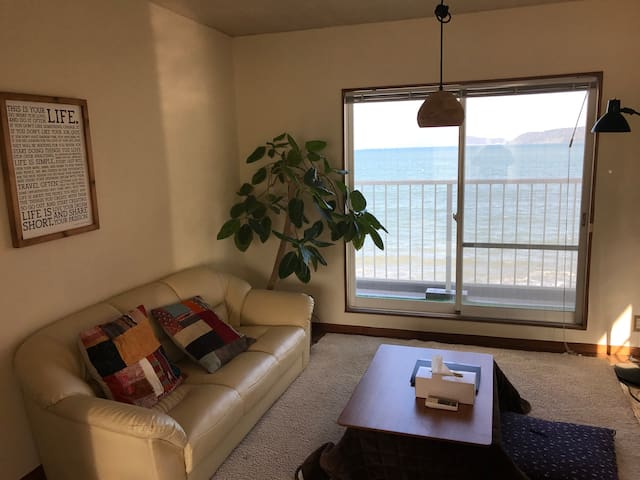 House on the BEACH! 20min to Tenjin - 福岡市 - Rumah