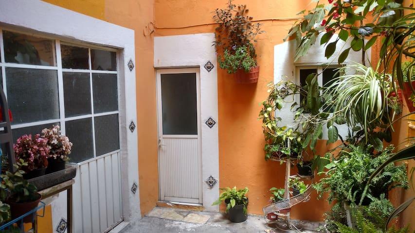 Acogedora Habitación Centro San Pedro Cholula B