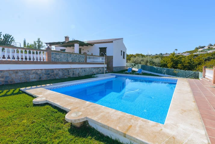 Frigiliana villa w/private pool, mountain views and Free WiFi!
