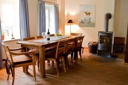 Rittergut Valenbrook Kutscherhaus - Geestland - Bed & Breakfast