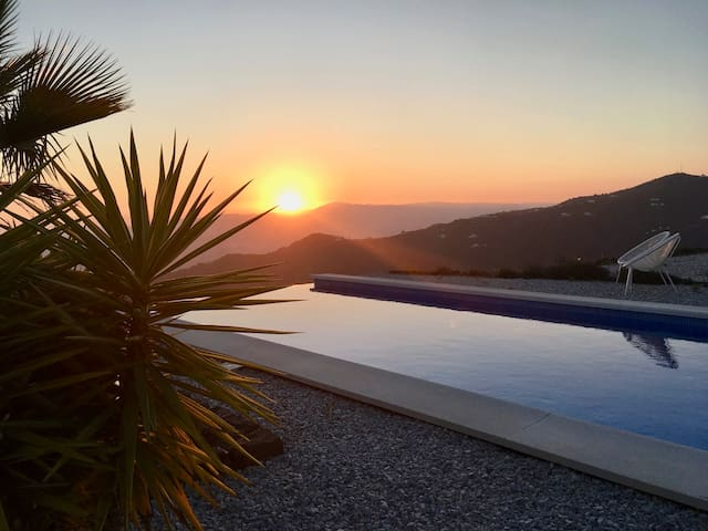 CASA BUENAVENTURA with heated pool & sea view