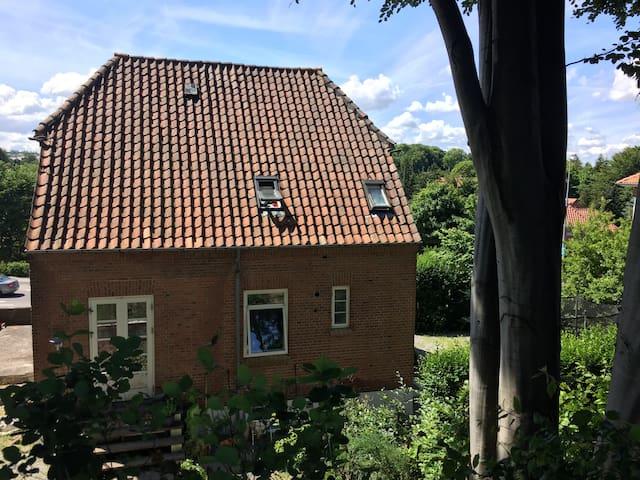 Villa nær skov, strand og by - Aarhus - Villa