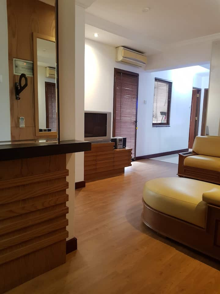 3BR LUXURIOUS APARTEMENT, 5min to pasteur highway