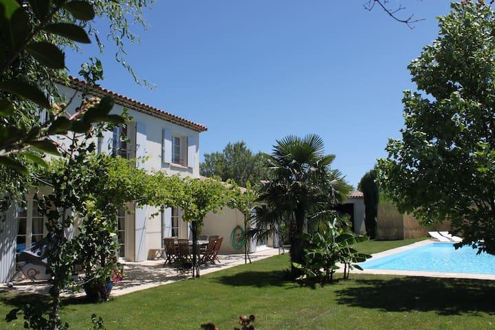 Magnifique villa Provençale Luberon - Villelaure - Dům