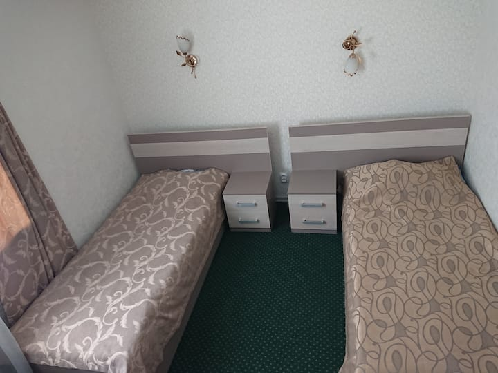 Отель, Водолей-Vodoley