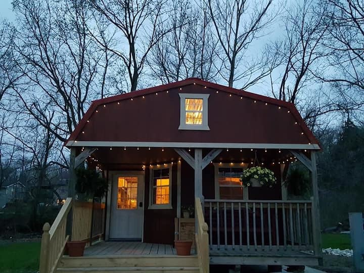 Entire Lofted Tiny House on the Creek