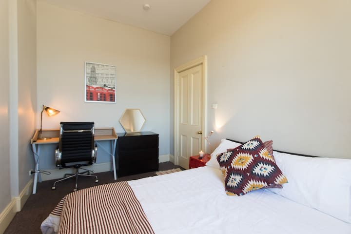Double Harbour View Room - Spacious Period Home