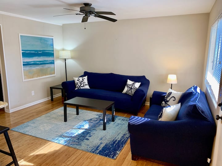 Little Bay Hideaway - 3  (Monthly Rentals Available)