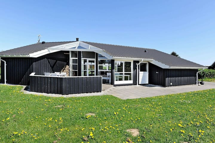 Luxurious Holiday Home in  Børkop with Sauna