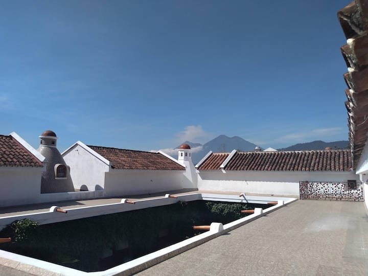 Loft de una habitacion estilo colonial con terraza