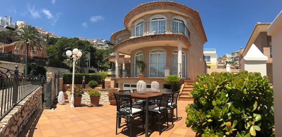 "Luxury Villa Cullera ""Cap Blanc Beach"" (Valencia)"