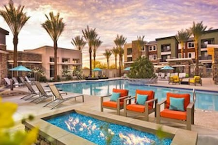 Resort Like Apt With everything you can imagine - Scottsdale - Appartement