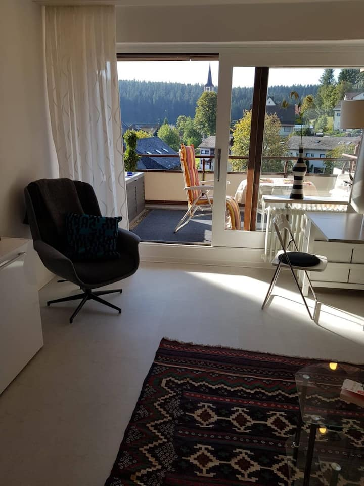 "Modern Holiday Apartment ""Ferienwohnung Urs"" with Mountain View, Wi-Fi, Balcony, Sauna & Pool; Parking Available"