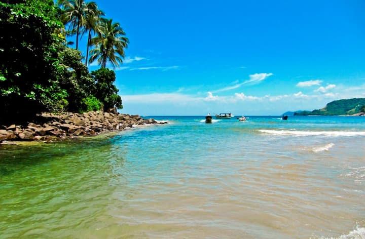 Lindo Sobrado - Pertinho da Praia de Boracéia/Wifi