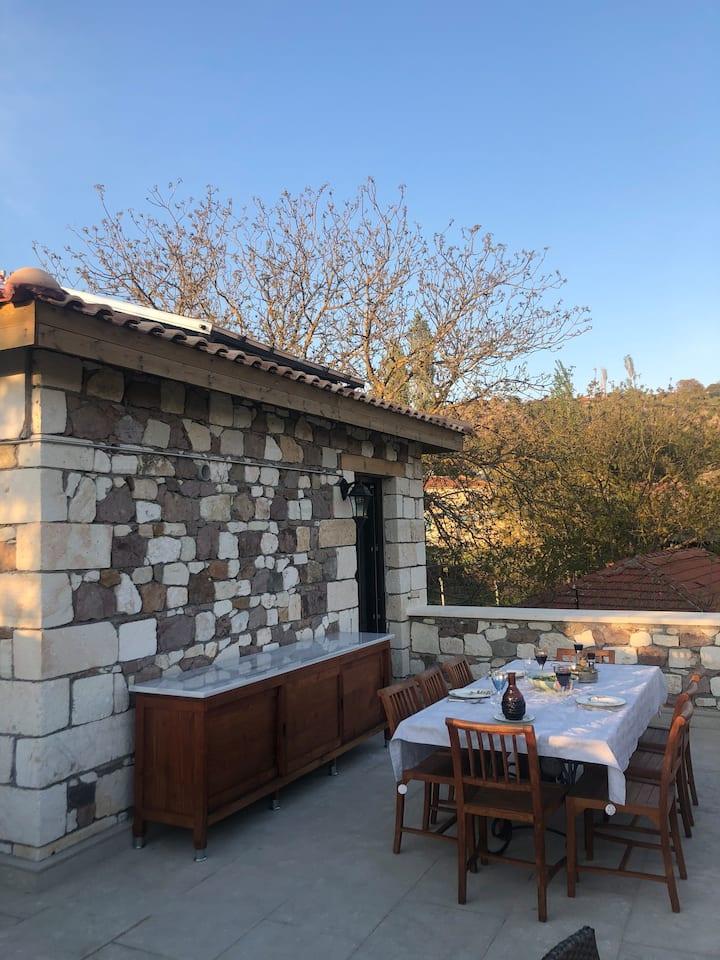 Kaz Dağları'nda, Assos'a yakın, huzurlu bir mekan