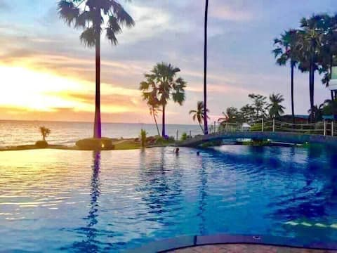 Luxury Corner room @ The Palm, Wongamat Beach