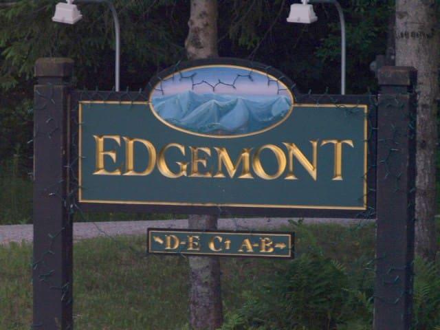 Edgemont 3 bedroom fireplace ski home shuttle to - Killington - Condomínio