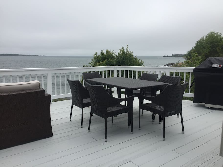 Front Deck Dining Table & Grill