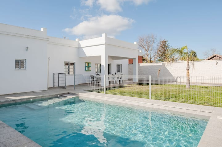 Child-friendly Holiday Home with Wi-Fi, Pool, Terrace and Garden; Pets Allowed