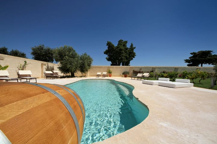 Masseria Ancella Suite with View, Hotel services. - Montalbano