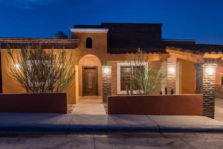 Villa mexicana :Hermosa casa en San Carlos , Son.