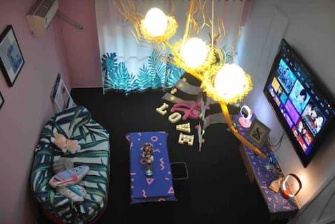 「拾光归宿」万达广场安东老街小宁哥,loft复式公寓,ins网红风,50寸电视,小米盒子,智能锁
