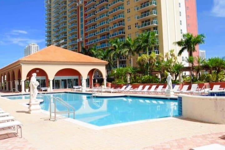 Private apartment SUNNY ISLES - Sunny Isles Beach