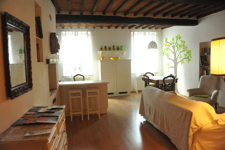 Lovely apartment close to Siena - Monteroni d'Arbia - Wohnung