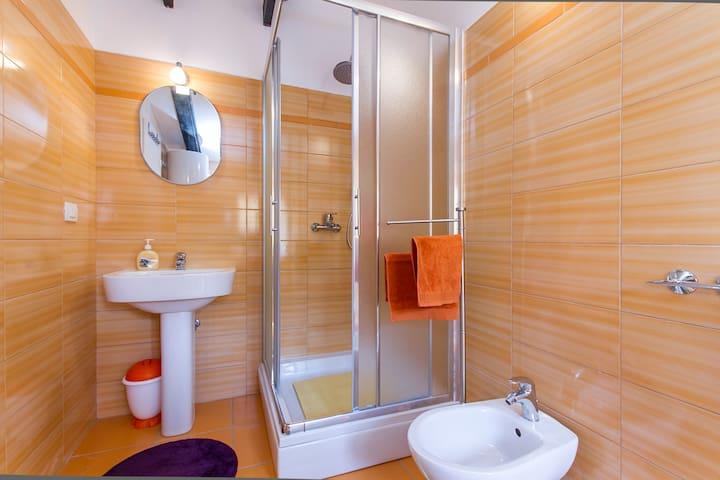 labin 2017: the top 20 labin apartment rentals - airbnb, istria ... - Pianale Cucina