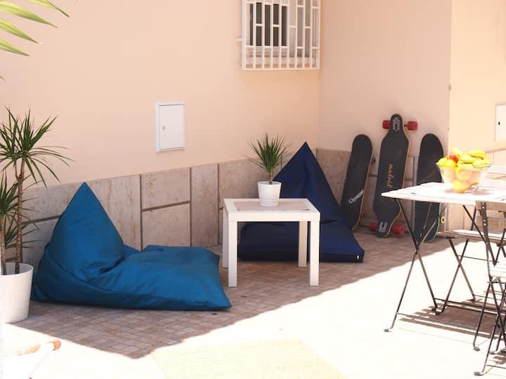 Estoril Beach House- dorm bed 3
