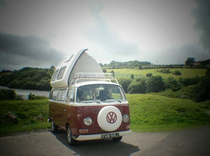 Cornish Classic VW campervan escape