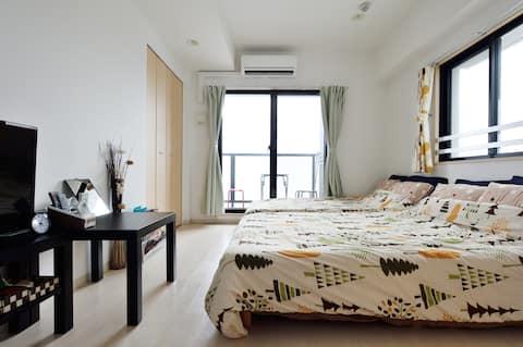 2 wide beds.Namba & Dotonbori area.Top floor 1103.