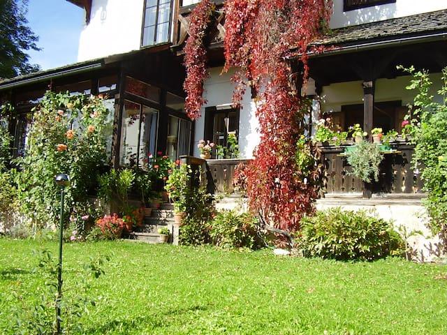 Wohnen in gemütlichem Ambiente (1 Zimmer) - Bad Mitterndorf - Huis