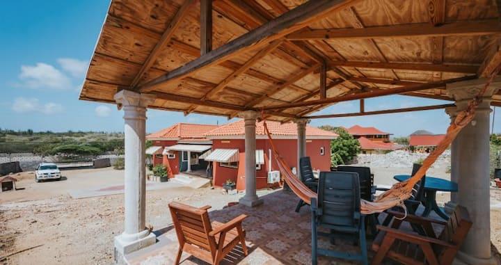 Gorgeous Aruba Family Home