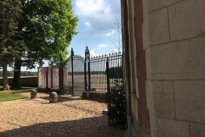 Maison des Tilleuls, piscine, tennis
