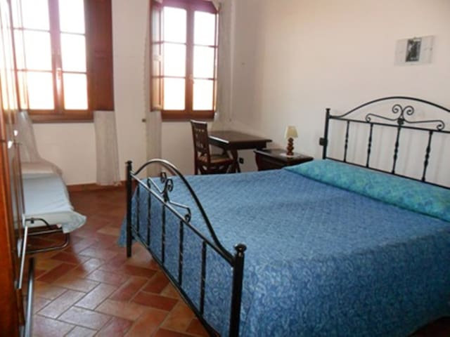 GLICINE apartment - holidays in Tuscany