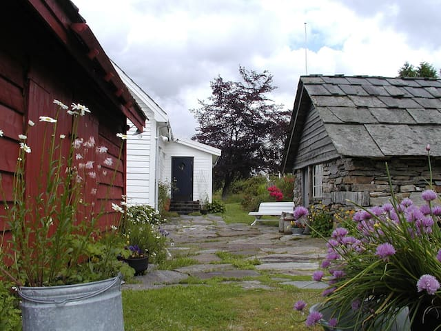 Hus med sjel og fantastisk utsikt