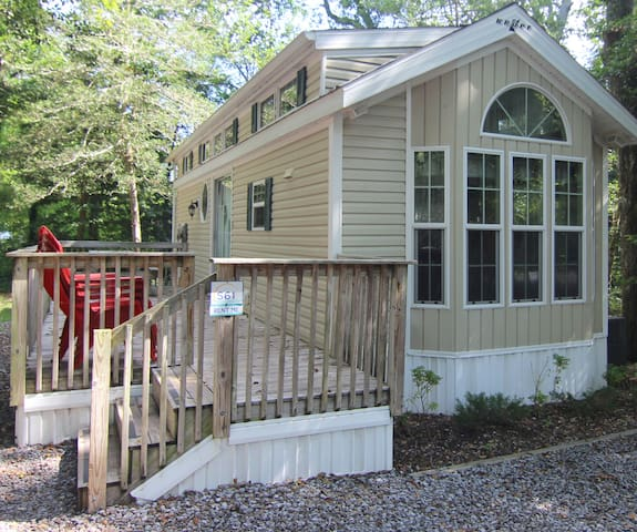 Dog Friendly Deluxe Cabins