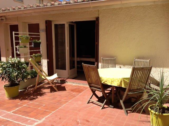 Joli F2 av terrasse, ds résidence en front de mer - Canet-en-Roussillon - Apartamento