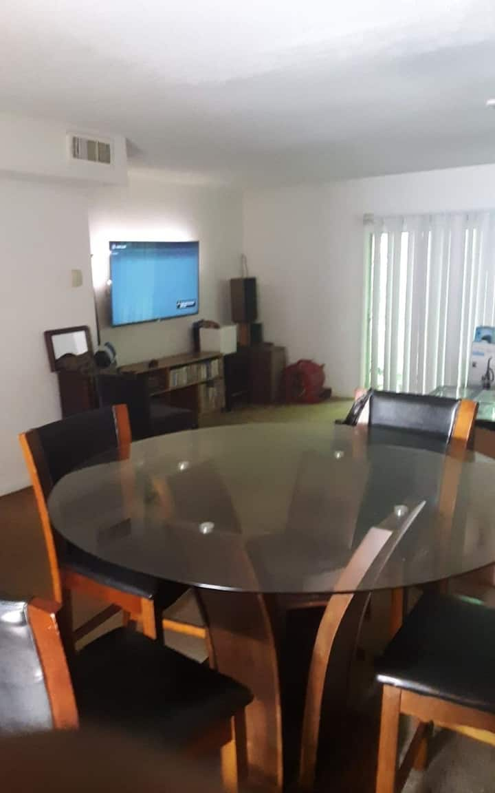 Private room with projector, wifi and pvt. balcony