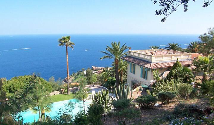 Villa élégante - Vue sur mer et luxe atypique