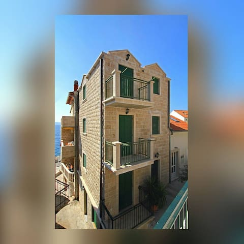 Charming stone house - Apt. Linda 1 - Drašnice - Apartment