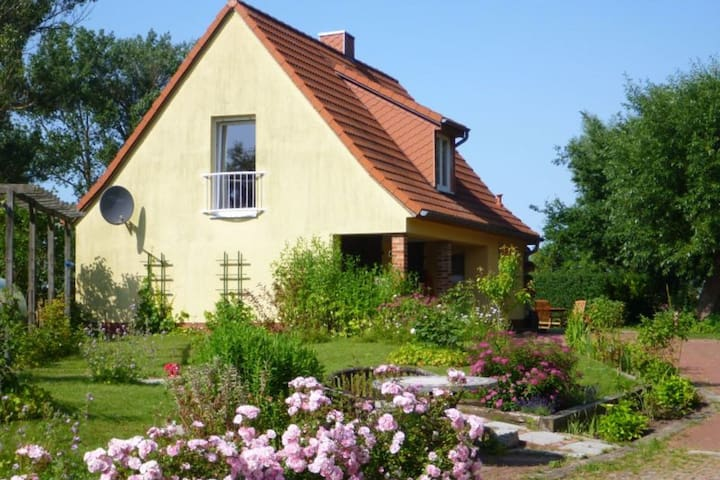 Peaceful holiday home in Niendorf with garden seating and parking