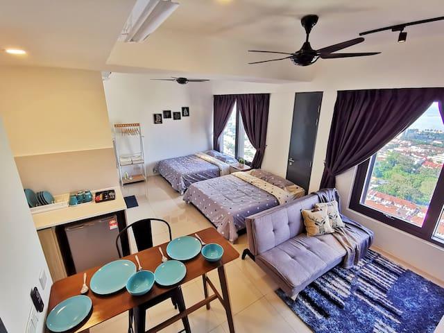 PinaHomies Seaview Studio Suite @ Tropicana 218