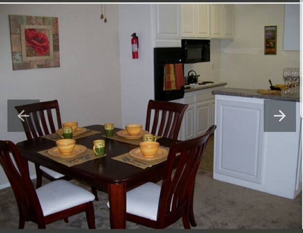Spacious apartment in Anaheim, 5 min. from Disney,