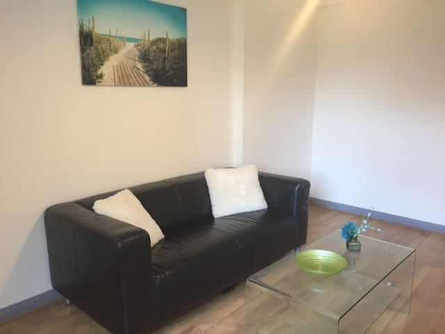 Russell Street - Luton - Apartment