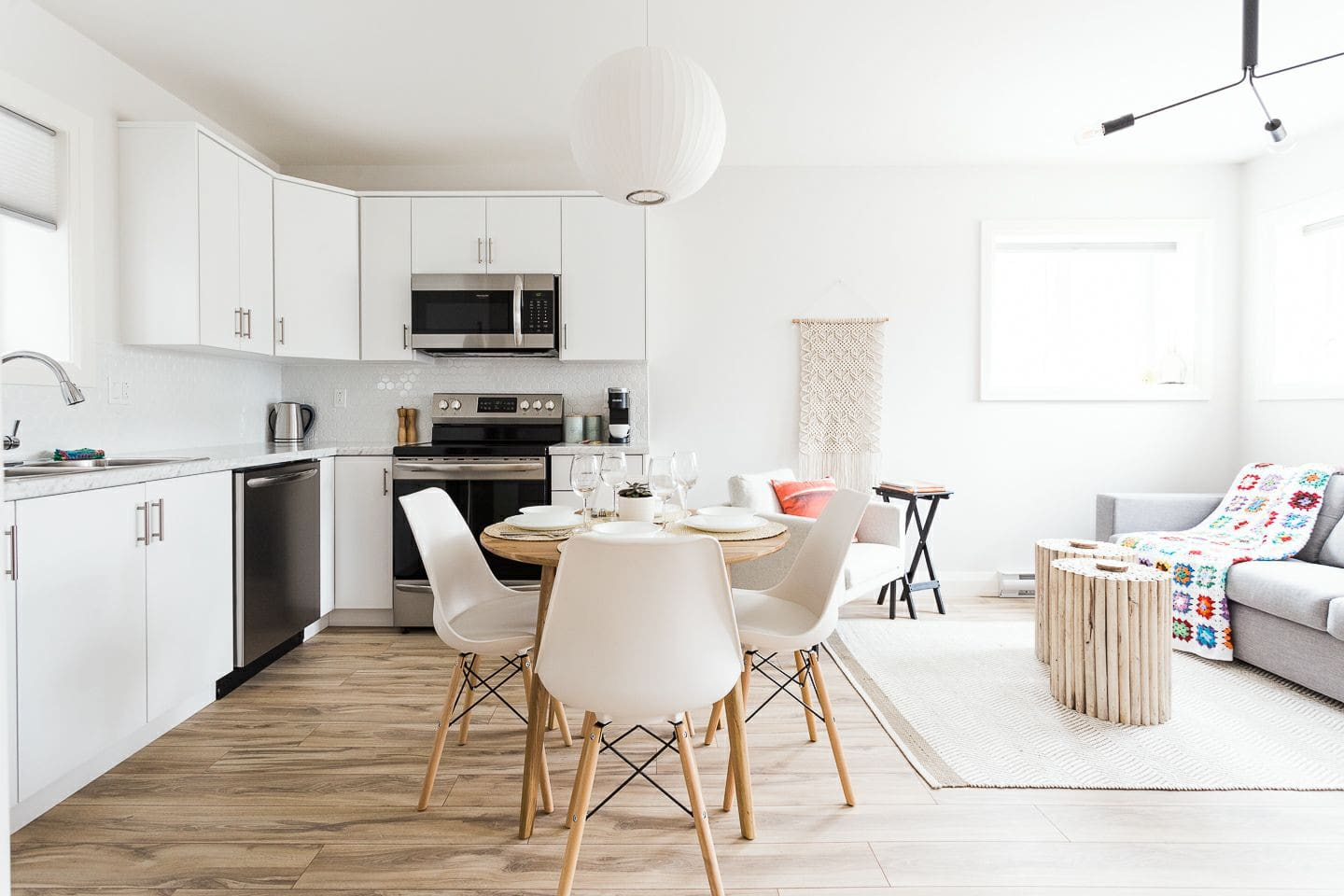 Kitchen / Main Living Space