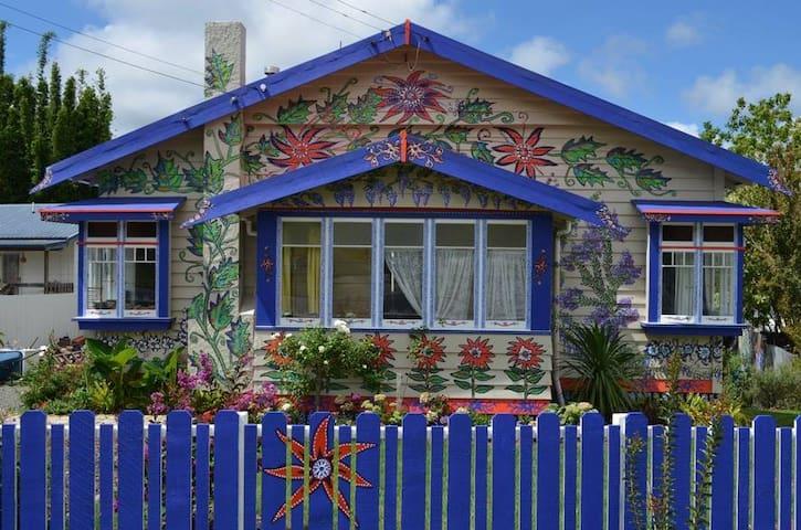 Morningside's 'House of Flowers' garden cabin