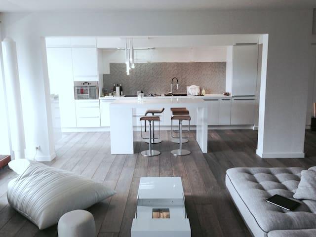 DUPLEX PROCHE VERSAILLES 110M² - Rocquencourt - Apartment