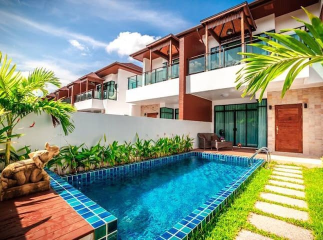 [AP5] Phuket 3 BR Pool Villa superb mountain view - Kammala - Villa